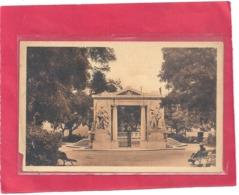 NIMES . MONUMENT AUX MORTS  . CARTE NON ECRITE - Nîmes