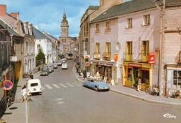 SAVENAY - La Rue Principale, Animée, DS 4L - Savenay