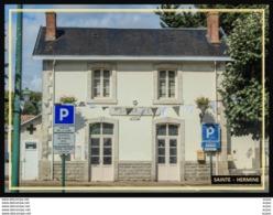 85  SAINTE  HERMINE  ... La  Gare - Sainte Hermine