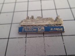 419 Pin's Pins : BEAU ET RARE : Thème FRANCE TELECOM / NAVIRE CABLIER R CROZE - Telecom De Francia