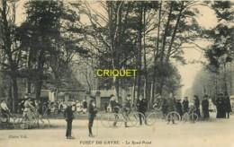 44 Forêt Du Gavre, Le Rond-Point, Voir Groupe De Cyclistes - Le Gavre