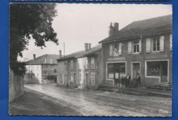 REMILLY   Café Du Commerce  Rue Auguste Rolland   Animées - Frankreich