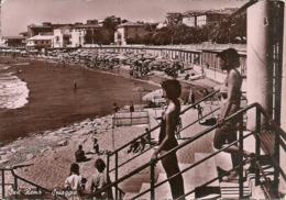 Sanremo (Imperia) Spiaggia Animata (Bagnanti), La Plage, The Beach, Der Strand - San Remo