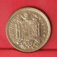 SPAIN 1 PESETA 1944 -    KM# 767 - (Nº31911) - [ 4] 1939-1947 : Gobierno Nacionalista