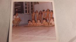 Rare Photos D'enfants Nus ( Es ) Dans Une Crèche D'enfants , Aout 1973 . - Personnes Anonymes