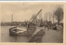 DIGOIN  Port Du Canal - Chantier De Construction De Bateaux ( Beau Plan De Péniche ) - Digoin
