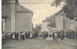 CPA Romagnieu - Sortie De La Messe - Circulée - Frankrijk
