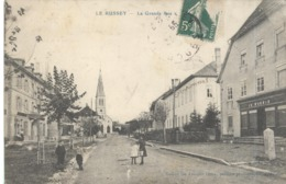 CPA Le Russey - Grande Rue - Circulée - Autres Communes