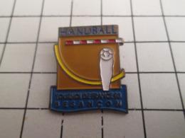 919 Pin's Pins : BEAU ET RARE : Thème SPORTS / HAND-BALL TOURNOI DE FRANCE BESANCON 1993 - Handball