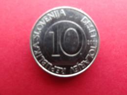 Slovenie  10 Tolarjev  2005  Km 41 - Slovenia