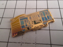 919 Pin's Pins : BEAU ET RARE : Thème TRANSPORTS / BUS TRAM METRO RATP - Transports