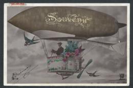 "+++ CPA - Carte Fantaisie - "" Souvenir "" - Dirigeable - Ballon - Avion - Aviateur   // - Dirigeables"