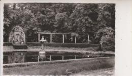 SP- 78 - LOUVECIENNES - Pavillon Du Barry - La Roseraie Et La Fontaine - - Louveciennes