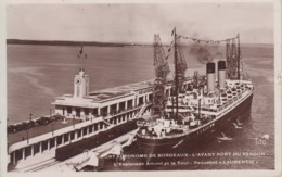 """CPSM Port Autonome De Bordeaux - L'avant Port Du Verdon - L'esplanade Amont Et La Tour - Paquebot """"Laurentic"""" - France"""