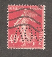 Perfin/perforé/lochung France No 194 V.O.C Vacuum Oil Company (40) - Francia