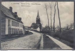 Carte Postale 59. Flètre Entrée Du Pays Route Nationale Côtés De Caëstre Trés Beau Plan - Other Municipalities