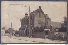 Carte Postale 59. Bruille-Saint-Amand   Notre-Dame-au-Bois  Les écoles   Trés Beau Plan - France