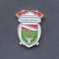1 Pin's Sapeurs Pompiers De WISCHES-HERSBACH (BAS RHIN - 67) - Bomberos