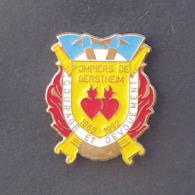 1 Pin's Sapeurs Pompiers De GERSTHEIM (BAS RHIN - 67) - Bomberos