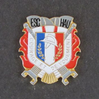 1 Pin's Sapeurs Pompiers D'ESCHAU (BAS RHIN - 67) - Bomberos
