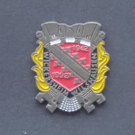 1 Pin's Sapeurs Pompiers De WICKERSHEIM / WILSHAUSEN (BAS RHIN - 67) - Bomberos