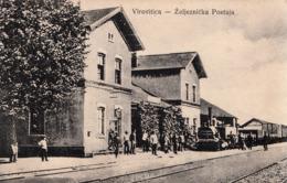 VIROVITICA - RAILWAY STATION , TRAIN - Kroatië