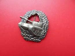 Insigne ,Allemagne ,  Régiment De Chars ,  2 Scans - Army