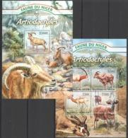 TT1342 2013 NIGER FAUNE NIGER WILD ANIMALS ARTIODACTYLES GAZELLAS KB+BL MNH - Autres