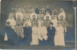 CP PHOTO Infirmières Et Blessés + HOPITAL AUXILIAIRE N°19 AMBERT  PUY DE DÔME - Krieg, Militär