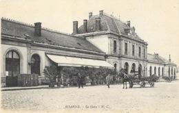 Roanne: Le Buffet De La Gare, Attelage - Carte N.C. Non Circulée - Roanne