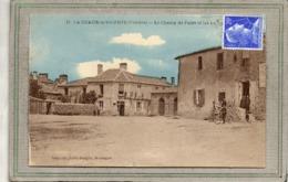 CPA - La CHAIZE-le-VICOMTE (85) - Aspect De La Place Du Champ De Foire Et Des Halles Dans Les Années 40 / 50 - La Chaize Le Vicomte
