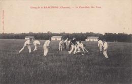 Camp De La Braconne. Le Foot-ball. Un Tenu - Frankrijk