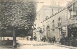CPA 33 Gironde Langoiran Un Coin Des Allées Promenade Hopital Auxiliaire Militaria - France