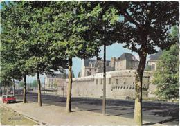 NANTES - Le Château Des Ducs - Voiture : Citroen DS - Nantes