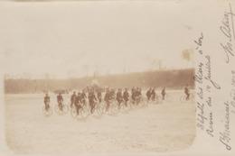 Défilé Des élèves à La Revue Du 14 Juillet 1902 Saint Maixent L'école Cyclistes - Autres