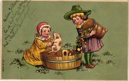 Pigs, Children Bathing In Coins A Little Pig In A Bowl, New Year, Old Embossed Postcard - Maiali