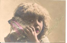L100d146 - Bonne Année - Enfant écoutant La Mer Dans Un Coquillage - N°3114/3 - New Year