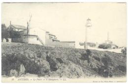 Cpa Antibes - Le Phare Et Le Sémaphore - Antibes