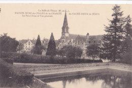 La Salle De Vihiers (49) - Maison Mère Des Filles De La Charité - La Pièce D'Eau Et Vue Générale - Other Municipalities