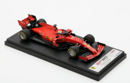 Ferrari SF90 - Sébastian Vettel - 1000th GP China 2019 #5 - LookSmart - Voitures, Camions, Bus