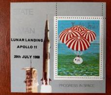 State Of Oman 1969 - Space - Perf Ovp Sheet (69.09.09) MNH Deluxe Luxe Cosmos Moon Landing Astronauts Rocket Apollo 11 - Emirati Arabi Uniti