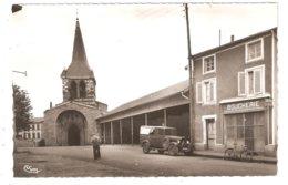 CPA 42 NOIRETABLE  L'Eglise  - Boucherie - Voiture Années 40/50 Fourgonnette Citroën - Noiretable