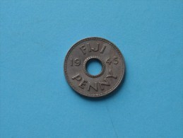 1945 - Penny / KM 7 ( Uncleaned - For Grade, Please See Photo ) ! - Figi