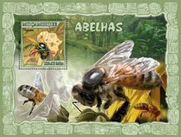 Mozambique 2007 MNH - Bees. Sc 1792, YT 150, Mi 2942/BL215 - Mozambique