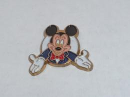 Pin's MICKEY, ET VOILA - Disney