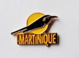 Pin's Martinique Oiseau - ANIMAUX - Steden