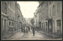 CPA Morlaix, La Rue De Paris, Vue Partielle - Morlaix