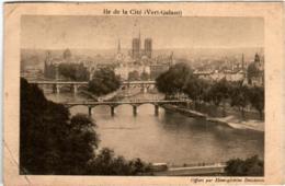 31pp 115 CPA - PARIS - ILE DE LA CITE - OFFERT PAR HEMOGLOBINE DESCHIENS - Francia