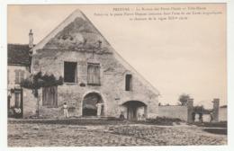 PROVINS - La Maison De S Petits-Plaids - Ville Haute - Animée - Palais Où Le P. Dupont Composa Sa Chanson De La Vigne - Provins