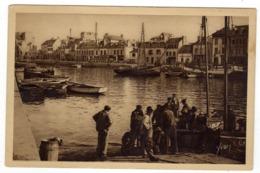 Cpa N° 3 CONCARNEAU Arrivée Des Pêcheurs Au Bassin - Concarneau